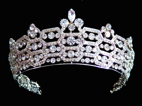 BOUCHERON_QUEEN_MOTHER_TIARA