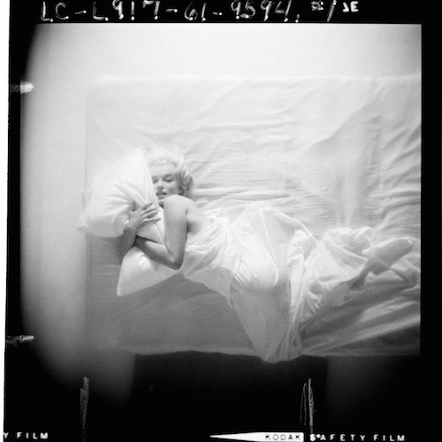 Are you 'Messy Sexy Just Rolled Out of Bed'? Read the Marilyn-inspired poem & revel in the scent…