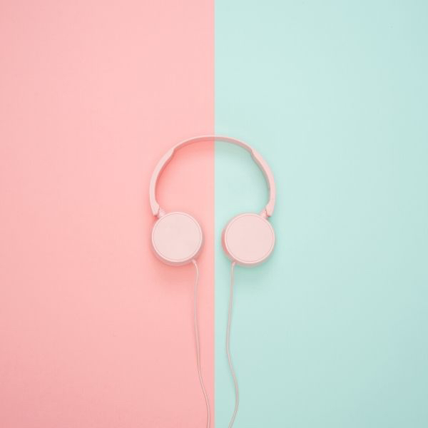 January blues? Listen to these fantastic fragrant podcasts to make your commute a scented breeze