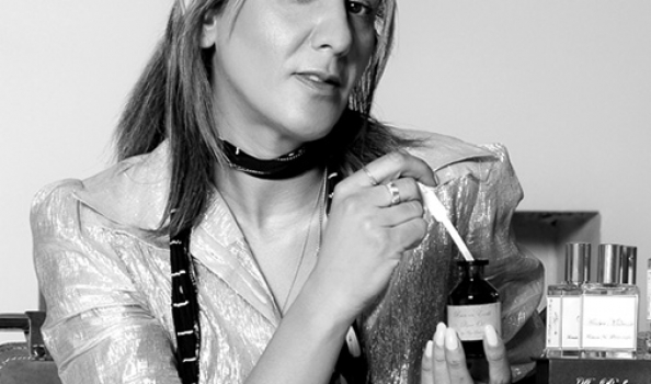 Want to work in perfume? The Perfumer's Story and Azzi Glasser have some exciting roles for you…