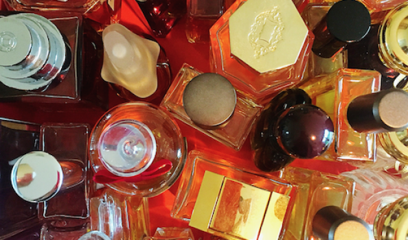 Be a star of The Scented Letter! We invite you to share your stash with us…