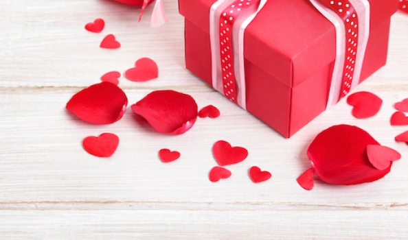 This Valentines Day, isn't it time to love thyself? (Oh well, and thy partner if you have one.) Seven scented treats to indulge in…